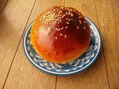 Home made sweet bun with bread machine kneading.  #housemadebread, #sourdoughbread, #homebakery, #pandeposo, #ホームベーカリー, #天然酵母パン