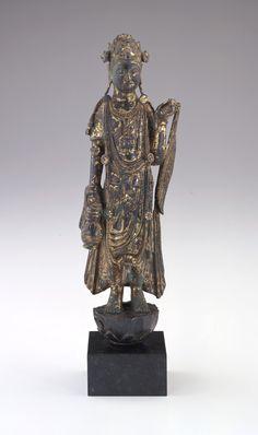 Chinese Art | Bodhisattva Guanyin with a willow wand and amphora