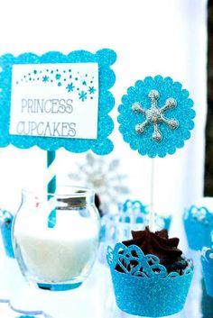 [anuncios]  Fiesta Temática de Frozen con Imprimibles  Una Nueva Fiesta Temática muy muy deseada por vosotras y por la mayoría de vuestras niñas, ¿damos una vuelta por el mundo F…