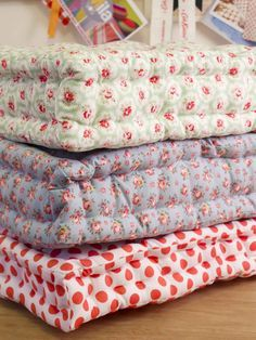DIY floor pillows. Great for lounging around, or if you don't have enough room for more chairs.