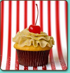 Pineapple Upside Down Cupcakes from Trophy Cupcakes! Buttery caramelized pineapple in the bottom of the cake and Brown Sugar Buttercream and a cherry on top! Cupcake Shops, Cupcake Bakery, Cupcake Party, Cupcake Ideas, Eggnog Cupcakes, Baking Cupcakes, Trophy Cupcakes, Pineapple Upside Down Cupcakes, Macaron Cake