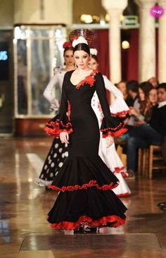 Belén Vargas Dance Dresses, Cute Dresses, Beautiful Dresses, Prom Dresses, Flamenco Costume, Anniversary Dress, Spanish Dress, Spanish Fashion, Gowns Of Elegance
