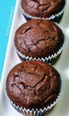 I Love. I Cook. I Bake.: Chocolate Banana Muffins (Nigella Lawson)