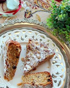 Κέικ με μήλο, καρότο και σταφίδες... χειμωνιάτικη λιχουδιά   Tante Kiki French Toast, Brunch, Bread, Breakfast, Food, Morning Coffee, Brot, Essen, Baking