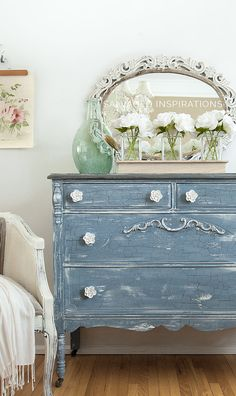 Some Of The Best Shabby Chic Furniture Ideas Ikea Garden Furniture, Milk Paint Furniture, Cottage Furniture, Recycled Furniture, Shabby Chic Furniture, Furniture Projects, Furniture Makeover, Painted Furniture, Modern Furniture