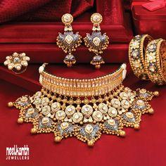 Antique Jewellery Designs, Fancy Jewellery, Gold Jewellery Design, Gold Jewelry, Gold Necklace, Latest Jewellery, Statement Jewelry, Indian Jewelry Sets, Bridal Jewelry Sets