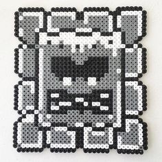 Thwomp hama beads by  parlplatteinspo