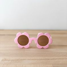 Baby Pink Sunglasses | Toddler sunglasses | Sadie Baby Flower Sunglasses, Girl With Sunglasses, Pink Sunglasses, Round Sunglasses, Flower Shape, Sun Protection, Baby Accessories, Outdoor Activities, 6 Years