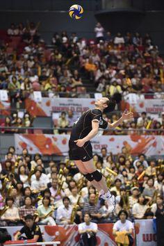 Masahiro Yanagida Photos - Japan v Australia - FIVB Men's Volleyball World Cup Japan 2015 - Zimbio