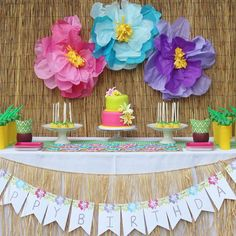"678 Likes, 22 Comments - Catch My Party (@catchmyparty) on Instagram: ""Loving all the vibrant colors and big paper flowers at his Hawaiian 2nd birthday from…"""