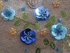 Sequin Flowers • these were some of the first  beaded flowers I learnt.