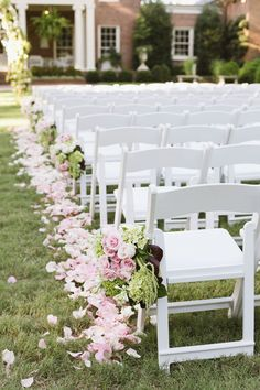 Outdoor wedding ceremony at the Dixon Gallery and Gardens in Memphis, TN.