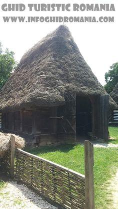 Muzeul Satului Cabin, House Styles, Plants, Home Decor, Pictures, Homemade Home Decor, Cabins, Flora, Cottage