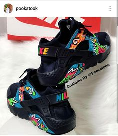 Custo m nike huarches Huaraches Shoes, Nike Shoes Huarache, Cute Sneakers, Shoes Sneakers, Adidas Originals, Hype Shoes, Fresh Shoes, Rainbow Shoes, Custom Shoes