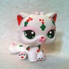 Christmas Holly * OOAK Hand Painted Custom Littlest Pet Shop