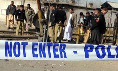 کوئٹہ میں فائرنگ، دو پولیس اہلکار ہلاک  کوئٹہ :صوبہ بلوچستان کے دارالحکومت کوئٹہ میں نیو سریاب روڈ پر نامعلوم ملزمان کی فائرنگ کے نتیجے میں دو پولیس اہلکار ہلاک ہوگئے۔ To Read More Click The Link: https://www.facebook.com/cim.pk/photos/a.428949407192487.100768.420253894728705/687225214698237/?type=1&theater