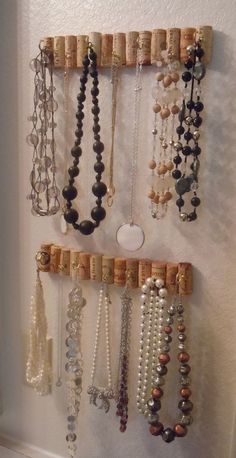a way to combine my love of drinking and my love of accessories. ideas for jewellery storage