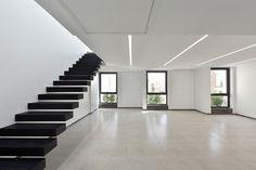 Kar – Khaneh Office Building,© Deed Studio