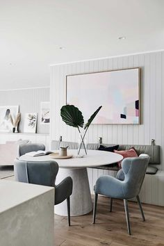 Inside the gorgeous Scandi home of norsu Co-founder Nat Wheeler Dining Room Bench Seating, Banquette Seating, Dining Room Design, Dining Chairs, Dining Nook, Room Chairs, Scandi Chic, Scandi Home, Scandi Style