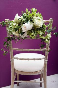 green orchids with white roses, why not?