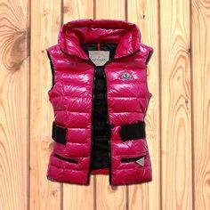 Moncler Womens Down Vest No Hat Zip Pink £133.59 5% off discount code: happywinter