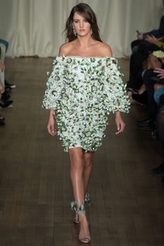 Marchesa Spring/Summer 2015 ready-to-wear #LFW #London #FashionWeek