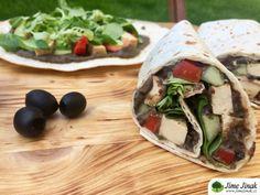 Tortilla s olivovou tapenádou, tofu a zeleninou Tofu, Tacos, Mexican, Ethnic Recipes, Diet, Mexicans