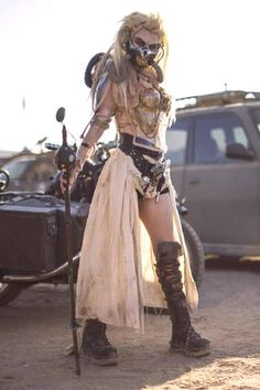 BROTHERTEDD.COM - rhubarbes: Mad max cosplay More on RHB_RBS Mad Max Cosplay, Mad Max Costume, Halloween Kostüm, Halloween Cosplay, Halloween Costumes, Post Apocalyptic Costume, Post Apocalyptic Fashion, Post Apocalyptic Clothing, Conquest Of Mythodea