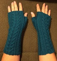 Free knitting pattern for Yummy Mummy Wristwarmers with cables and more fingerless mitss knitting patterns