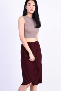 Pleated Skirt (Wine) S$ 36.00