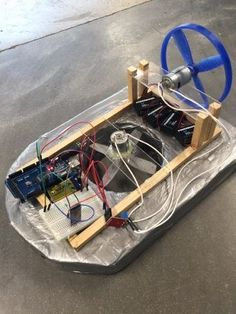 Arduino Hovercraft: For our school project, we needed to integrate arduino into an automated system/machine etc.We chose to make an arduino controlled hovercraft. Arduino Bluetooth, Diy Arduino, Esp8266 Arduino, Arduino Led, Arduino Programming, Arduino Beginner, Arduino Sensors, Arduino Board, Linux