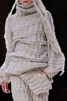Contemporary Knitwear - sweater & knitted skirt; runway fashion details // Yohji Yamamoto Fall 2014