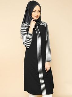Dress Muslim Remaja Muslim Dress, Hijab Dress, Hijab Outfit, Abaya Fashion, Modest Fashion, Fashion Dresses, Moslem Fashion, Modele Hijab, Islamic Fashion