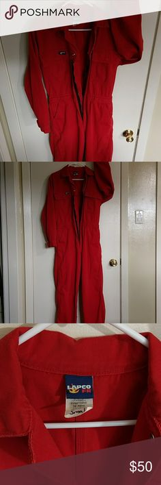Lapco FR coveralls 36 reg small red Lapco Fire Retardant coveralls  Washed 4 or 5 times to dull the bright red color.  It is in excellent condition with no flaws worth noting.  It fits me well.  My issue with it is visibility.. or over visibility.  I don't want my boss to be able to see me from a mile away.  Yes, when I'm not repairing jewelry, I'm working as a NCCER industrial pipefitter here in South Louisiana.   I will not accept low ball offers..may just keep.  NFPA 2112  NFPA 70E HRC 2…