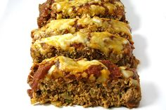 85 Weight Watchers Pizza Recipes with Points: Skinny Pizza Meatloaf - Weight Watchers (old points) Weight Watchers POINTS PLUS 225 calories Weight Watchers Meatloaf, Weight Watchers Pizza, Weight Watchers Meal Plans, Weight Watcher Dinners, Low Cal Pizza Recipe, Healthy Pizza Recipes, Healthy Meals, Skinny Meatloaf Recipe, Meatloaf Recipes