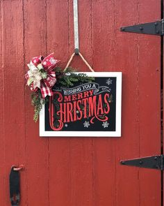 Chalk With Mia - Chalk Couture Designer Leading Mentor, Suffolk, Virginia. I am a wife, mom, and independent. Christmas Signs, Merry Christmas, Christmas Ornaments, Christmas Ideas, Chalk Crafts, Christmas Chalkboard, Chalk Paint, Seasons, Couture