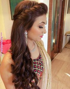Popular Homecoming Hairstyles - Indian Fashion Ideas | Indian Fashion Ideas Long Hair Wedding Styles, Front Hair Styles, Medium Hair Styles, Curly Hair Styles, Open Hairstyles, Indian Hairstyles, Hairstyles Haircuts, Saree Hairstyles, Baddie Hairstyles