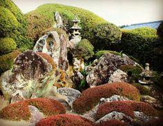 Observing a traditional zen rock garden in Chiran, Kagoshima transports you to a different era and brings great peace #zen #rockgarden #observe #chiran #kyushu #kagoshima #japan #ajet #jetlife #japanese #style #garden #outdoors #peace #vision #meaning #beautiful #beautifuldestinations #beatpeace #reflect #stillness #breath #travel #samurai #meditate #minami #explore #日本 #landscape #mindfulness