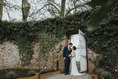 Real weddings in Ireland -Livia Figueiredo - Deirdre and David // www.onefabday.com
