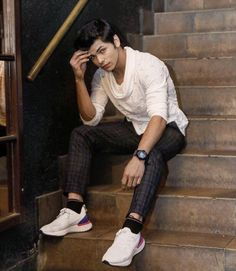 Siddharth Nigam New HD Wallpapers & High-definition images - Handsome Celebrities, Teen Celebrities, Celebs, Indian Drama, Secret Crush, Poses For Men, Indian Man, Beautiful Bollywood Actress, Cute Actors