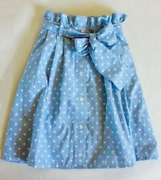 ~Ruffles And Stuff~: Ruffle Waist Skirt Refashion (and Tutorial!) ~ take an old skirt, cut off the bottom and refashion it to the top. Diy Clothing, Sewing Clothes, Remake Clothes, Refashioned Clothing, Ruffle Skirt Tutorial, Dress Skirt, Waist Skirt, Bow Skirt, Shirt Refashion