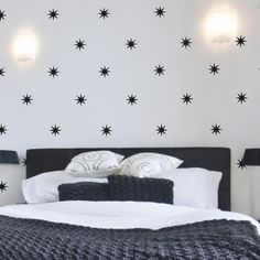 Removable vinyl wall decal star stickers (so cute for a ceiling, the wall paper look without any commitment!)