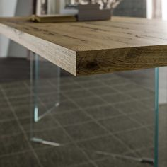Venice's Briccole Flai table detail wood top corner side