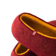 Red felted slippers - Dual red womens slippers by Wooppers Felted Wool Slippers, Red Slippers, Womens Slippers, Red Felt, All The Colors, Wool Felt, Merino Wool, Yellow, Handmade