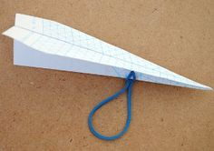 Catapult Paper Airplanes are amazing homemade toys and physics lessons for kids! Educational crafts like this are a fun way for kids to play and learn about science while making fun paper airplanes! Crafts For Boys, Projects For Kids, Diy For Kids, Fun Crafts, Paper Crafts, Diy Paper, Origami Paper, Airplane Crafts, Educational Crafts