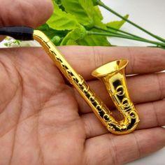 1pc Små Saxofon Bärbara Rök Rökvaror Metall Tobaks Weed Pipe Hookah Utmärkt Kvalitet Ny Mode 3 Tie Clip, Weed, Accessories, Fashion, Kite, Metal, Moda, Fashion Styles, Marijuana Plants