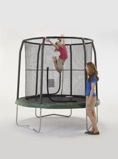 Trampoline Review: Bazoongi Jump Pod Trampoline with Enclosure