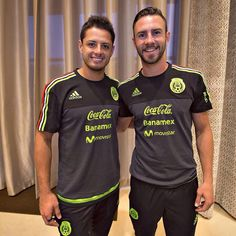 ¿Cuánto mide Chicharito Hernández? - Altura - Real height F78bca4ea5f2cae89e40a7b2bc60fa7f--javier-soccer-players