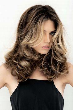Cheveux mi longs : coupes de cheveux pour cheveux mi long