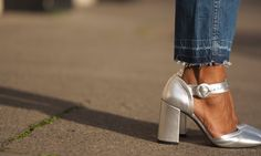 How to wear: Metallic Pieces